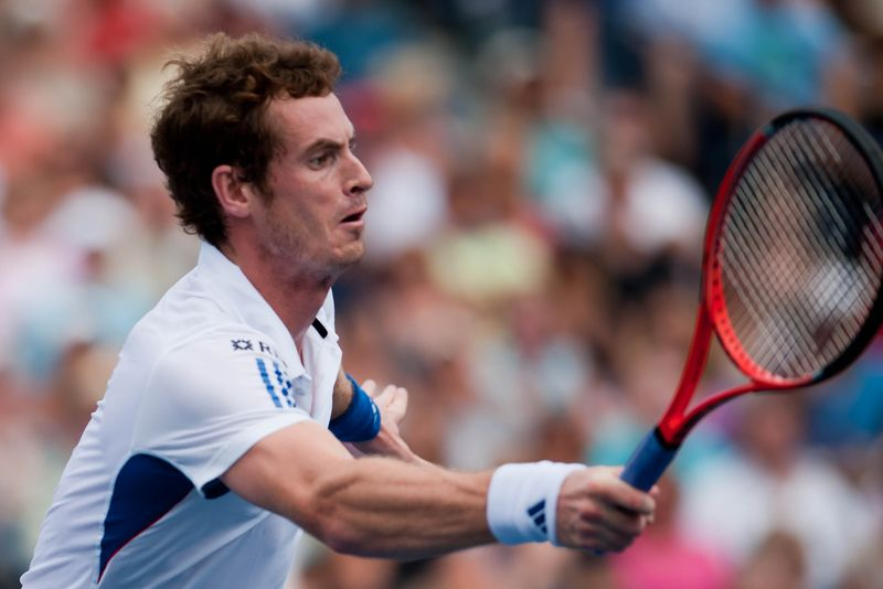 Andy_Murray_2010_Forehand_(2)